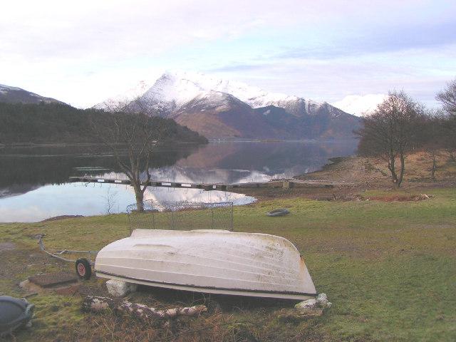 Sgorr Dhearg across Loch leven