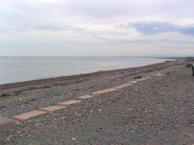 Shoreline near Hycemoor
