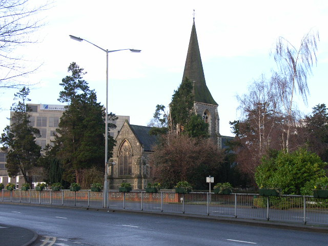 Holy Trinity Church, Bracknell