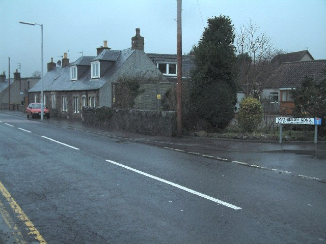 Entering Muchty from the east