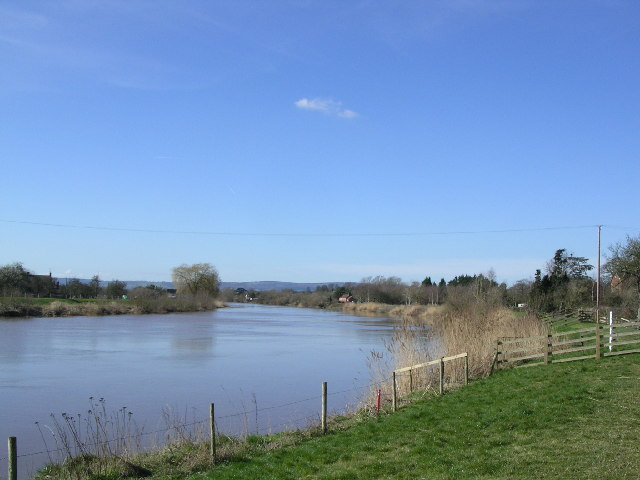 River Severn at Minsterworth. Looking down stream