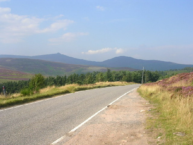 Cairn O'Mount road near Glen Dye