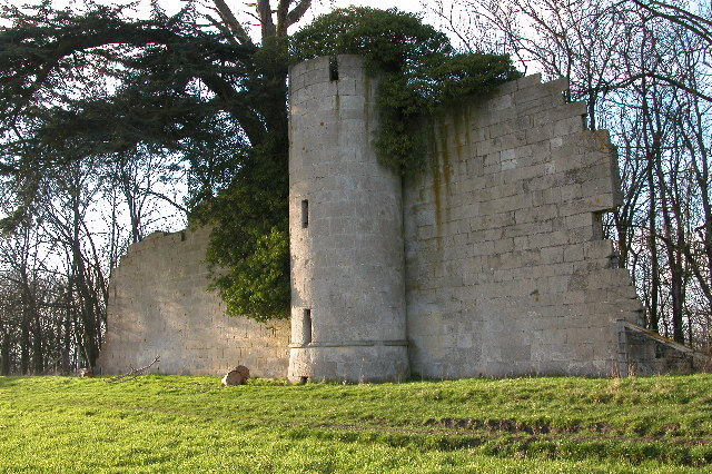 Pirton Castle, Croome