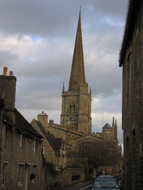 Burford Parish Church from the High Street