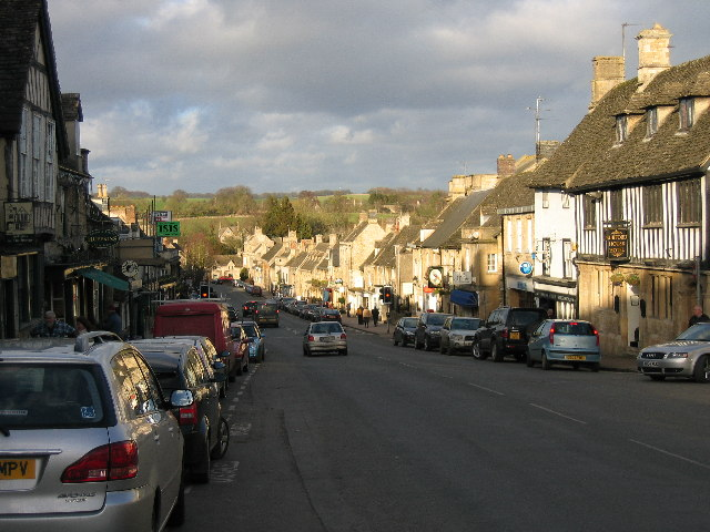 View of Burford High Street looking north
