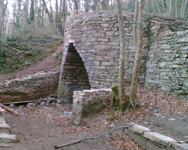lime kiln in the Grove