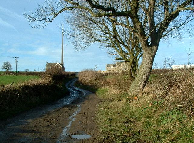 Frank Lane towards Leys Farm, Emley