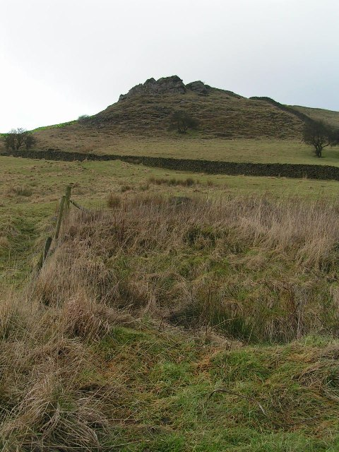Unnamed crag above Thorny Lee