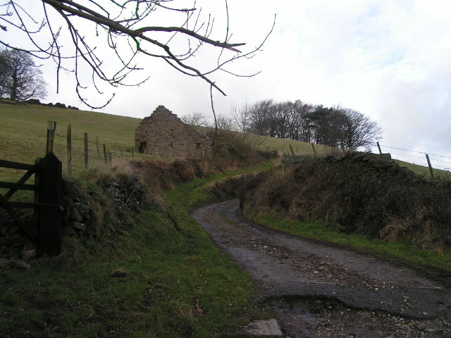 Ruined barn, Long Lane