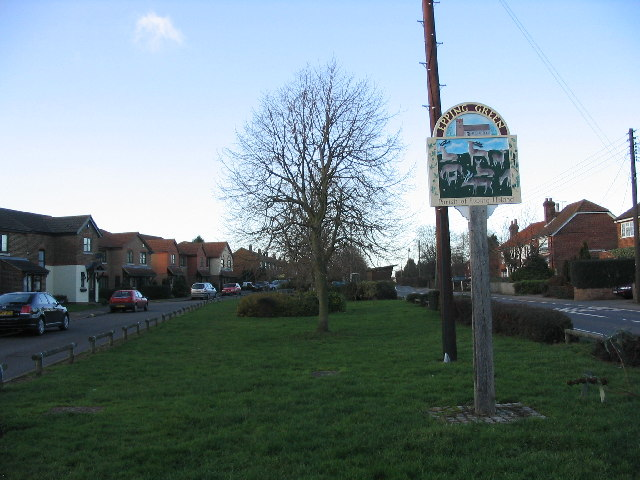 Epping Green village
