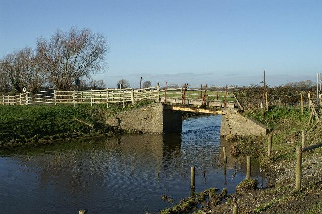 Bridge over Cripps River