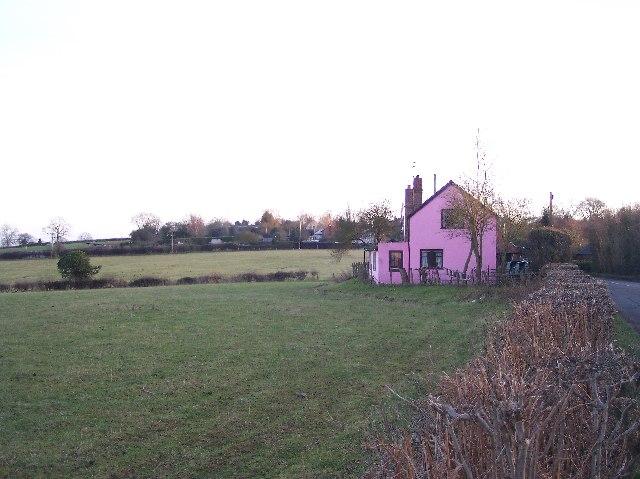 Pink House, Mundersfield Row