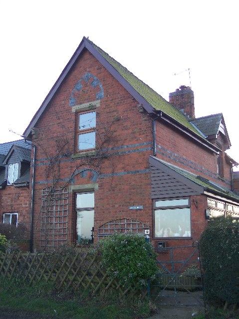 School House, Munderfield Row