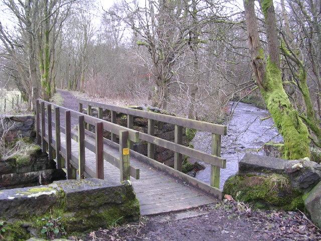 Bridge across Finglen Burn