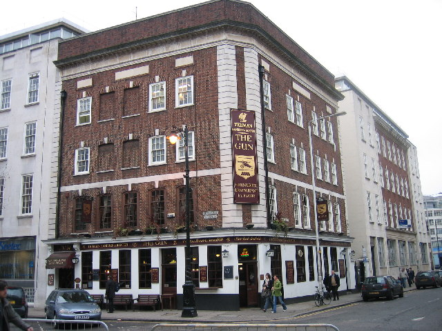 The Gun, Brushfield Street