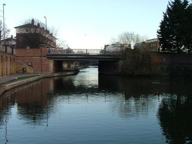 Maiden Lane bridge over Regent's Canal