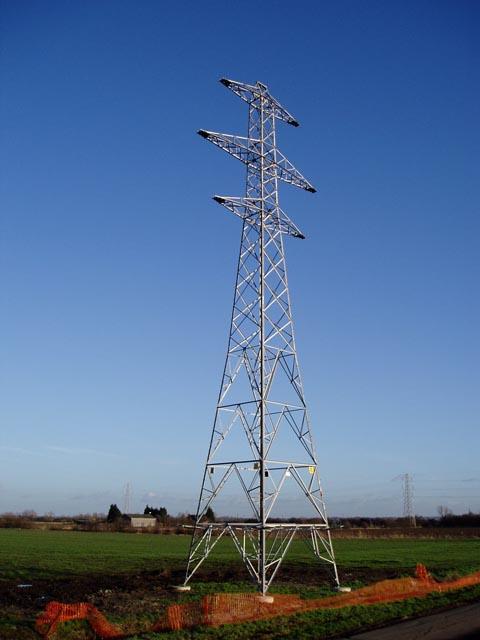Unused pylon near Lode