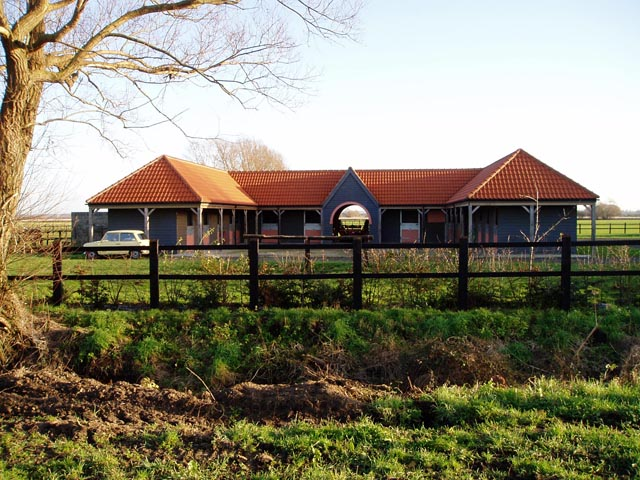 New buildings at Vicarage Farm