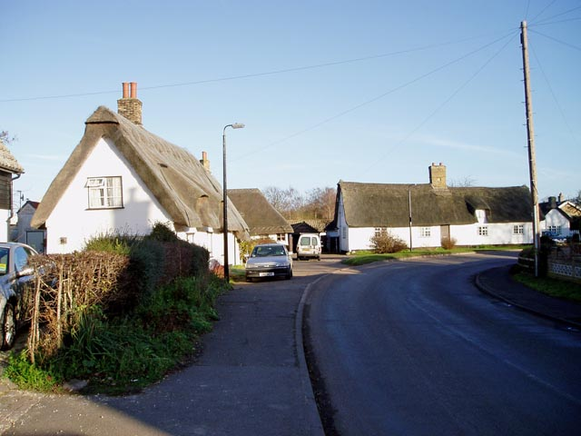 Thatched houses in Lode
