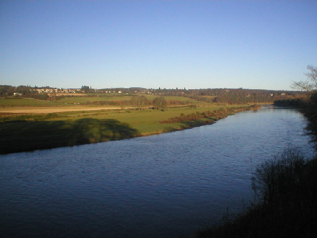 River Dee looking towards Milltimber