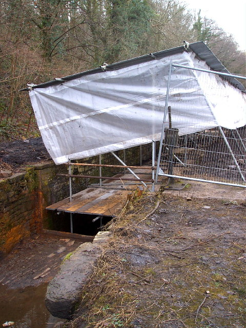 Restoration works at Machin lock on the Neath Canal