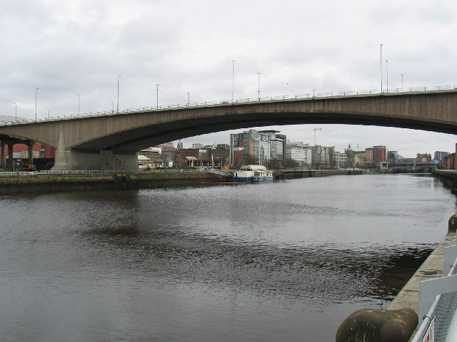 Kingston Bridge spanning the River Clyde, Glasgow.