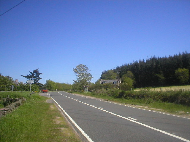 North Deeside Road at Easter Wardmill