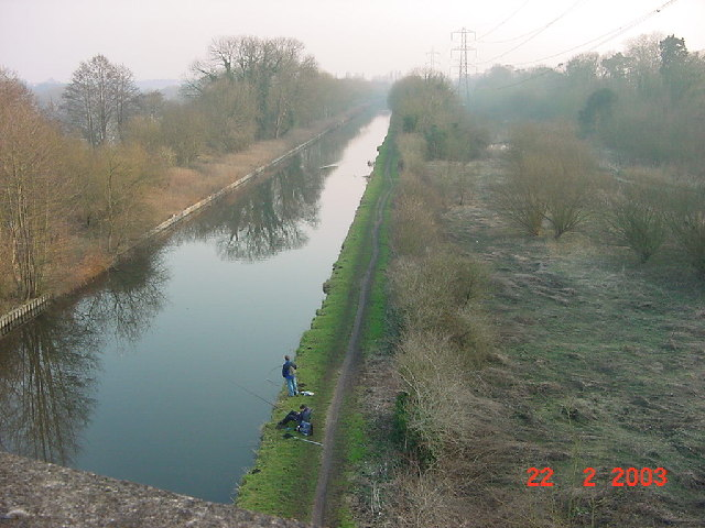 Grand Union Canal looking south from viaduct above