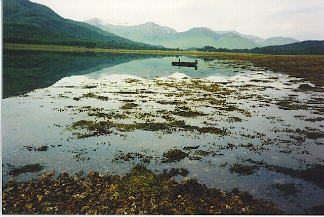 The head of the sea loch at Kinlocheil.