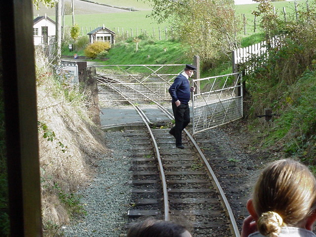 Castle Caereinion level crossing