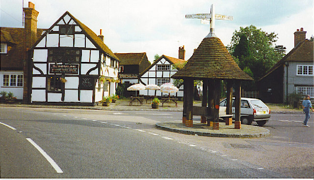 Wonersh, village centre