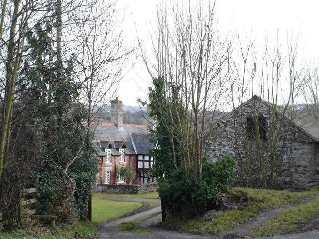 Cottage near Llanelidan