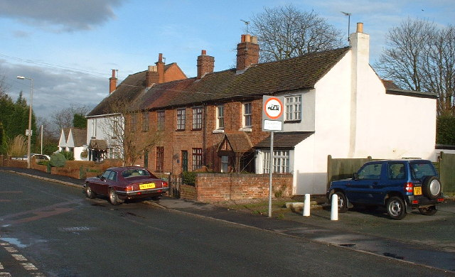 The Old Swan Inn Cottages, Public House till 1911 when new pub was built.