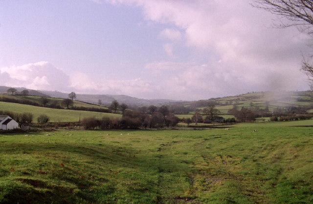 Fields west of Cradoc
