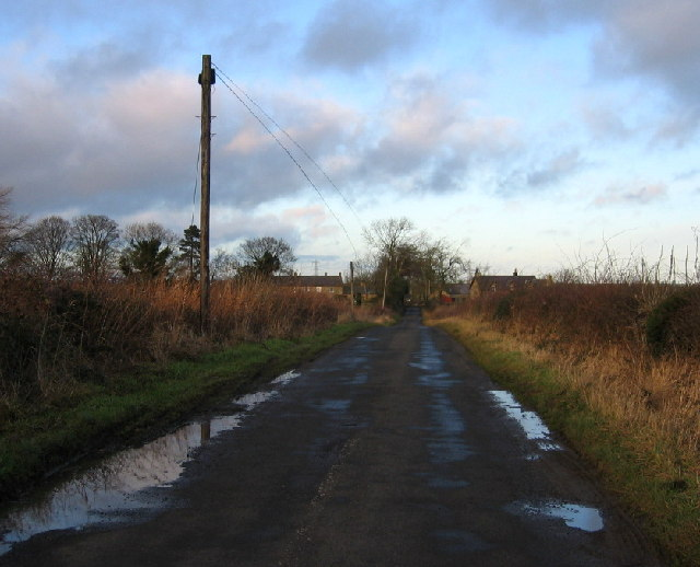 Road to Eachwick House Farm