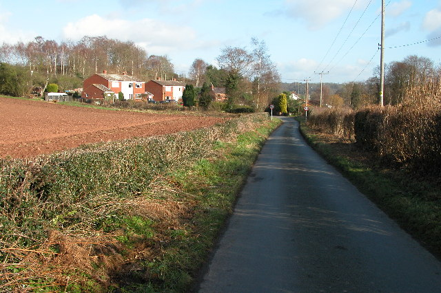 Road approaching Burf Cottages, The Burf