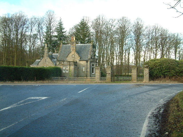 Gatehouse of Montrave Estate