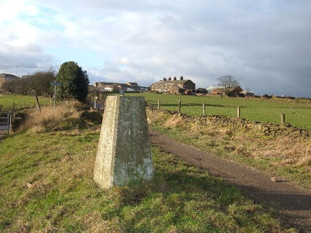 Triangulation Pillar, Tyersal