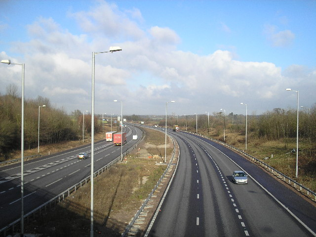 A1(M) North, from St Albans Road, South Mimms