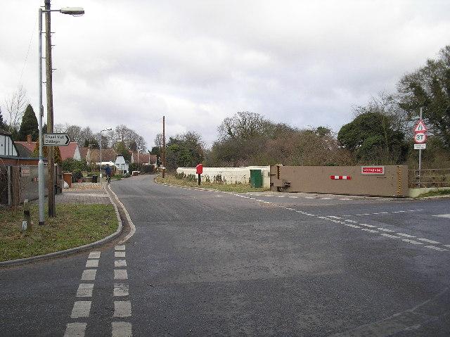 Warrengate Road flood relief barrier. North Mymms.