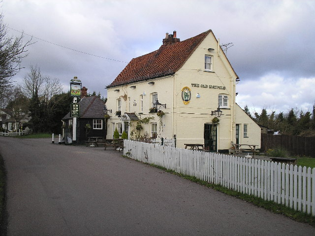 The Old Maypole Public House, North Mymms.