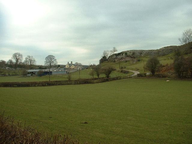 Ty'n Llanfair Farm