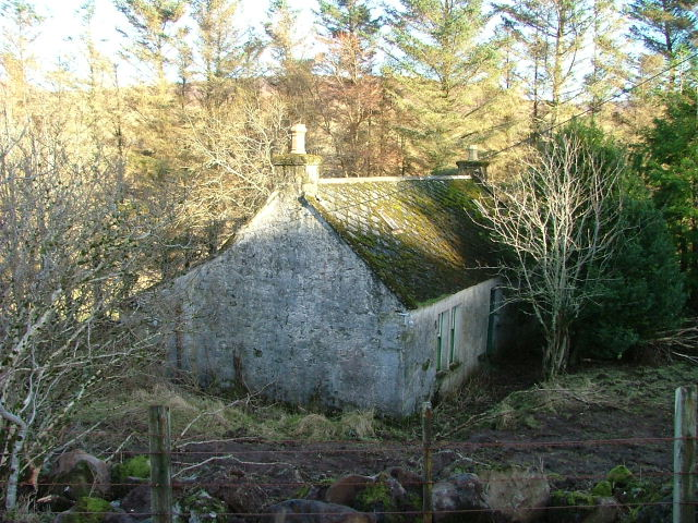 Derelict croft house near Balnaknock