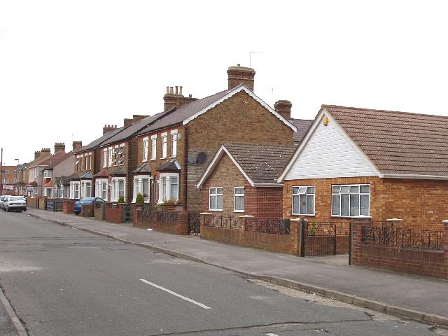 Warfield Road, Bedfont