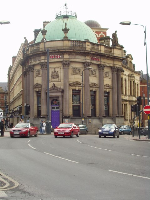 Bar, former Bank, City Square, Leeds