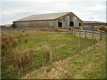 NR3657 : Farm building by Patrick Mackie