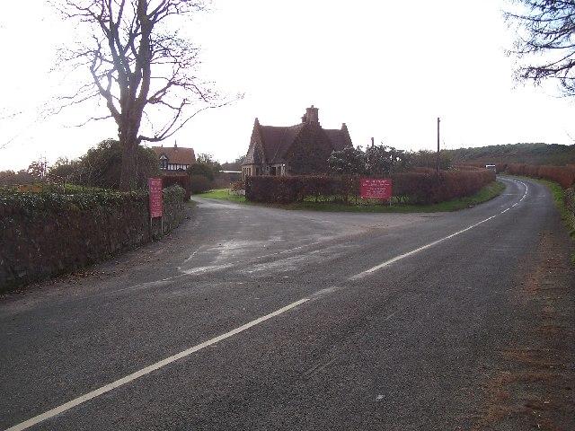 Bute, road junction to Mount Stuart
