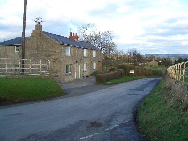 Cottages at the gateway to Chipping