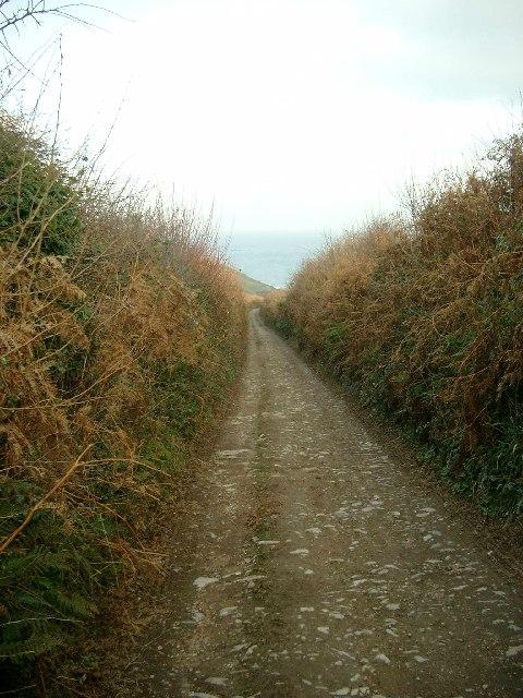 Woodhuish Lane, leading to Mansands