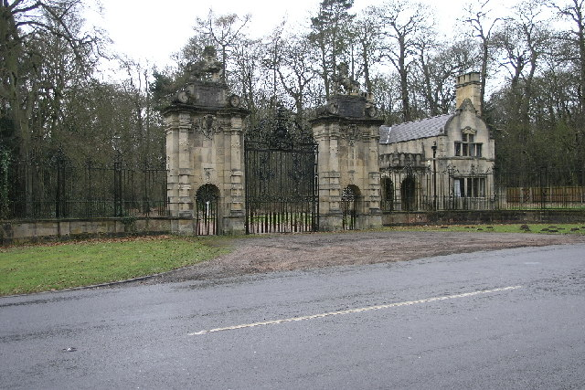 Lion Gates Welbeck